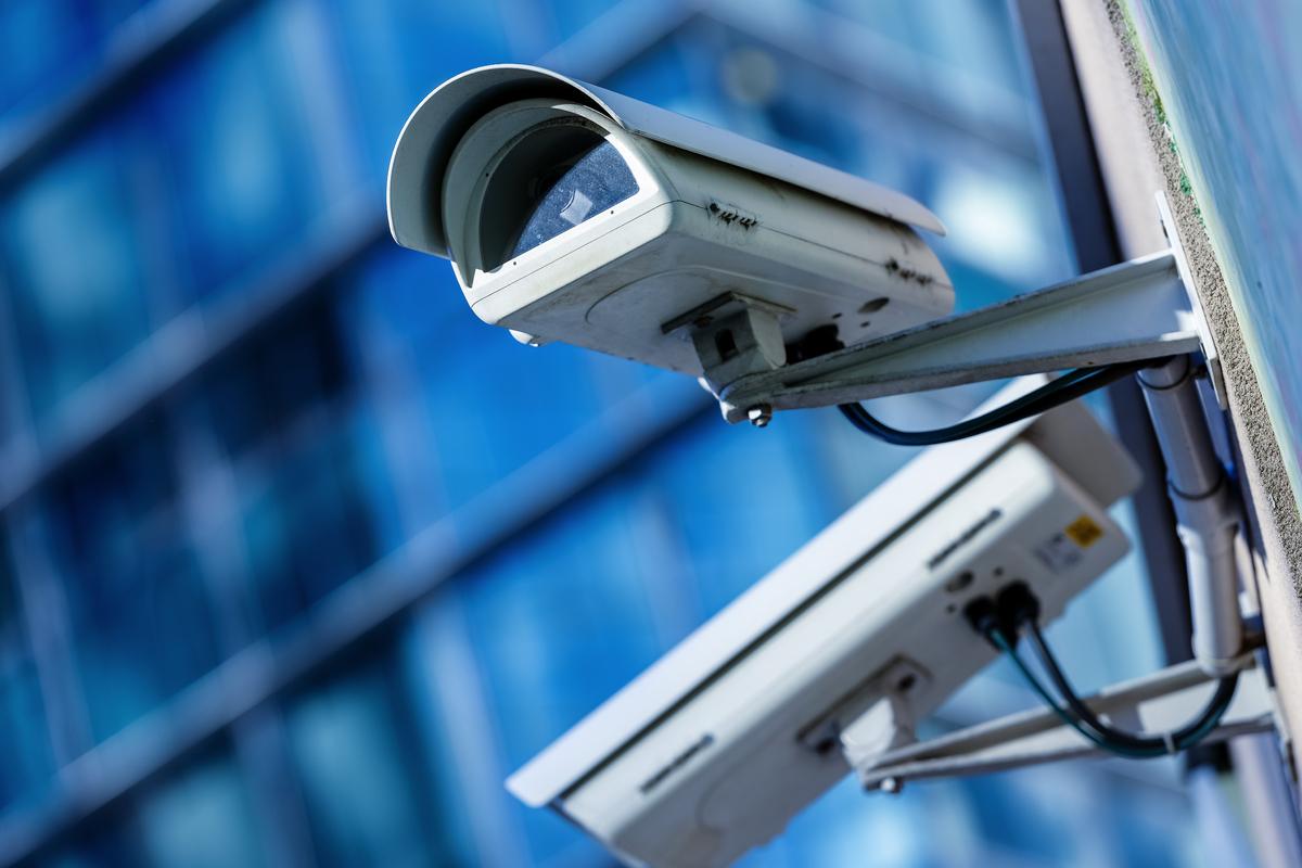 Der ehemalige Datenschutzbeauftragte Peter Schaar schreibt über eine europäische Datenpolitik die Datenschutz und Industrieförderung im Bereich Künstliche Intelligenz verbindet