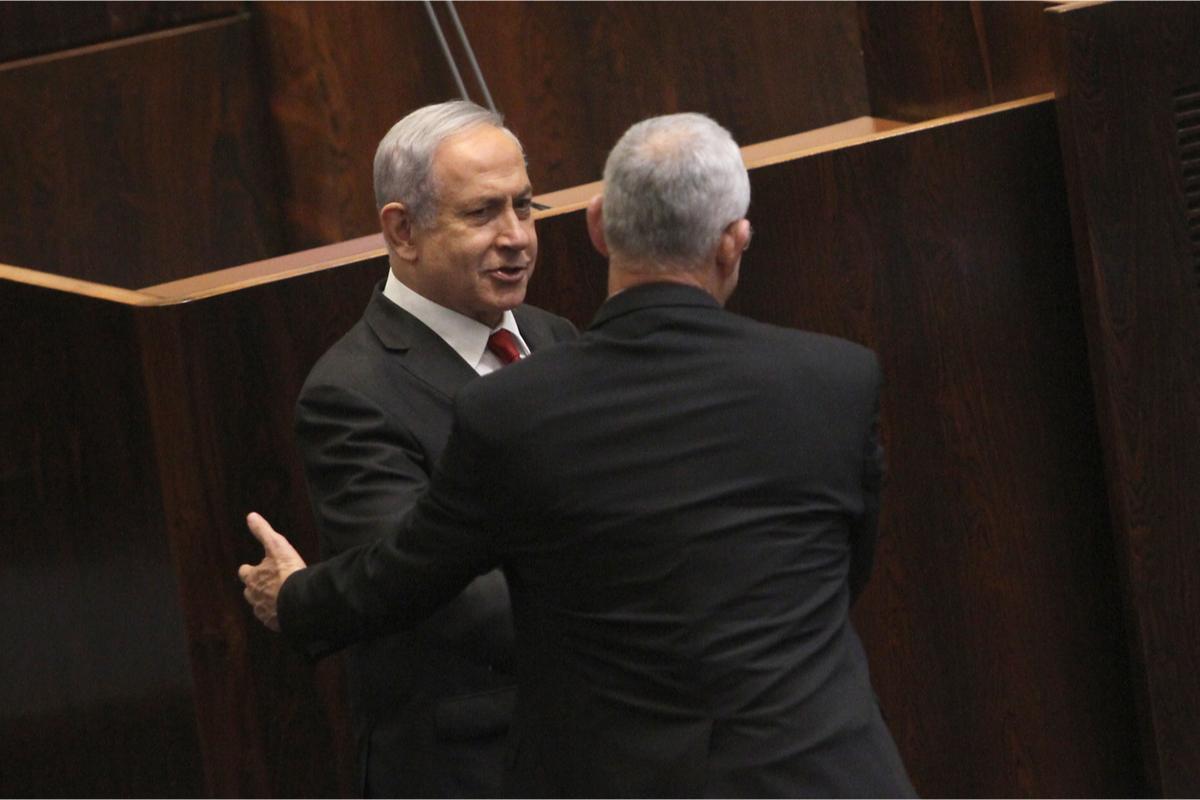 In Israel bilden unter dem Eindruck von Corona / Covid-19 Benny Gantz und Benjamin Netanyahu eine Notstandsregierung. Wird das zur illiberalen Demokratie, fragt Richard Schneider für LibMod / Zentrum Liberale Moderne