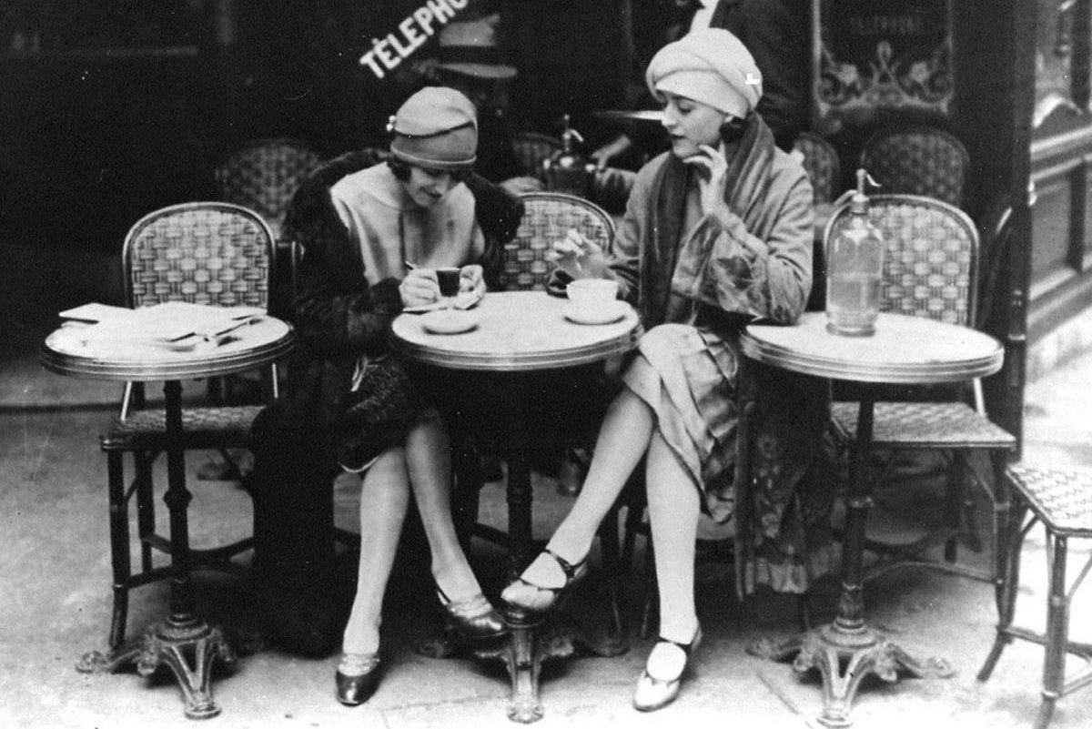 Paris Cafe Beitragsbild